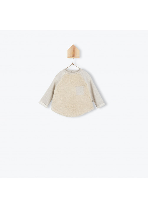 Beige baby's sweater with sherpa