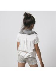 Off-white wrinkle girl's blouse